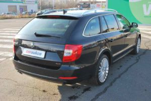 Škoda Superb COMBI II. 2,0 TDI DSG 4X4 LAURIN&KLEMENT