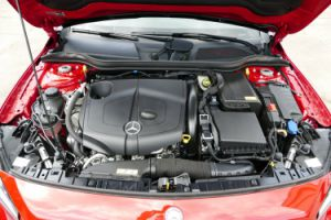 MERCEDES BENZ GLA 220 CDI 4MATIC